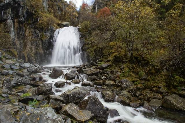 Водопад Корбу Алтай