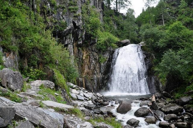 vodopad-korbu-07