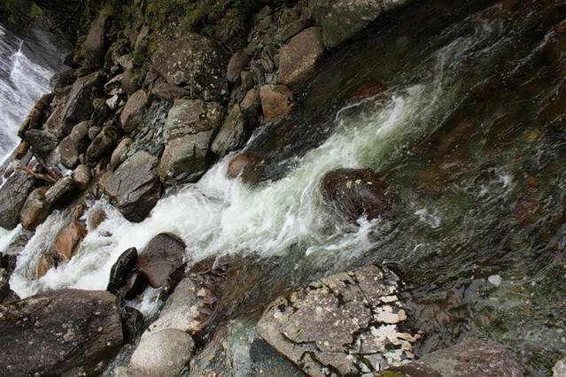 vodopad-korbu-08