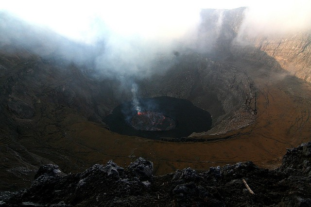 vulkan-niragongo-04