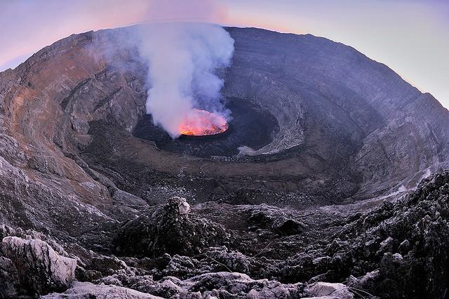 vulkan-niragongo-15
