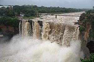 Водопад Гокак в Индии