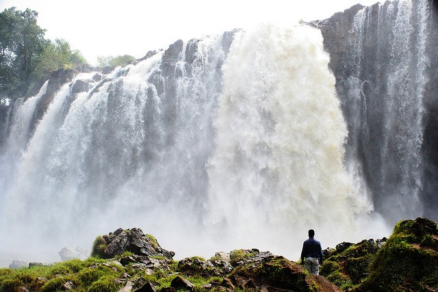vodopady-golubogo-nila-03