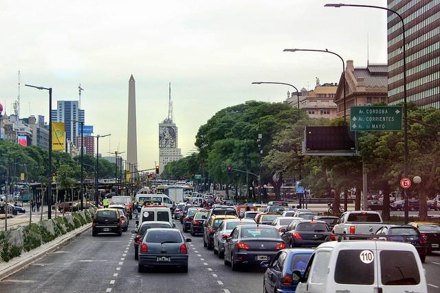 avenida-nueve-de-xulio-01