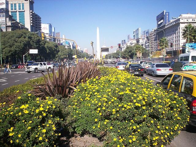 avenida-nueve-de-xulio-02