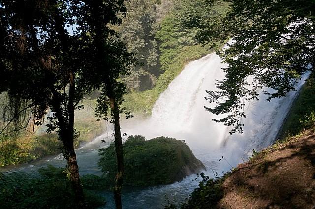 mramorniy-vodopad-05