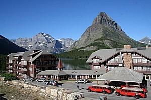 Отель Many Glacier