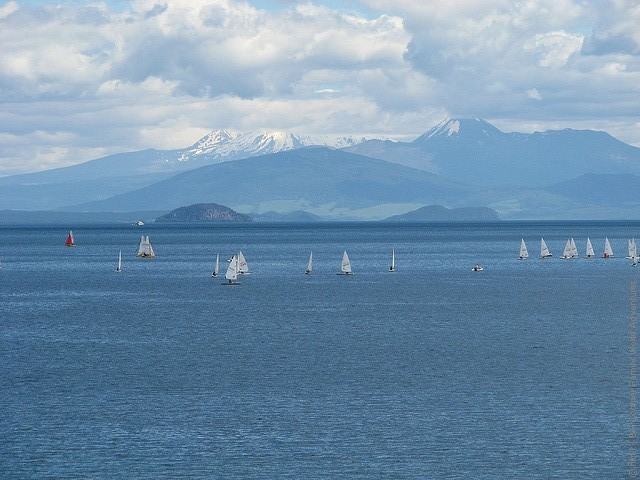 Lake-Taupo-01