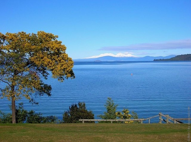 Lake-Taupo-02
