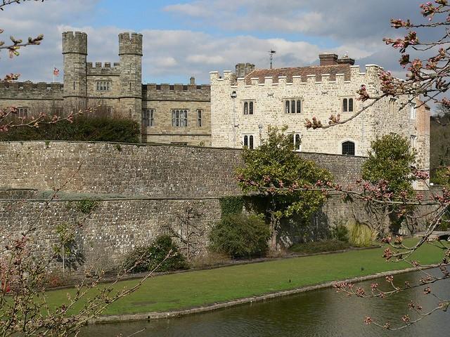 Замок Лидс (Leeds Castle) 04