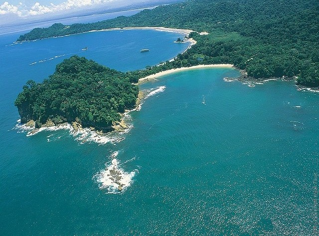 Manuel-Antonio-National-Park-01