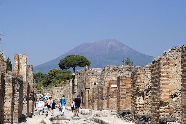 Vesuvius-03