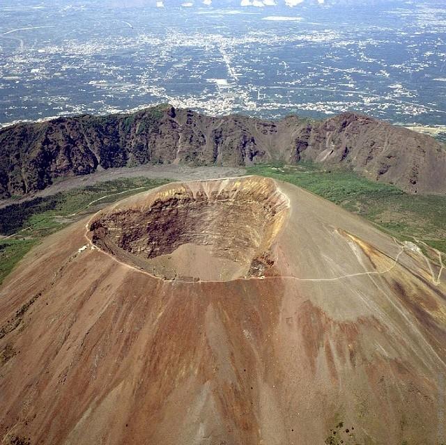 Vesuvius-09
