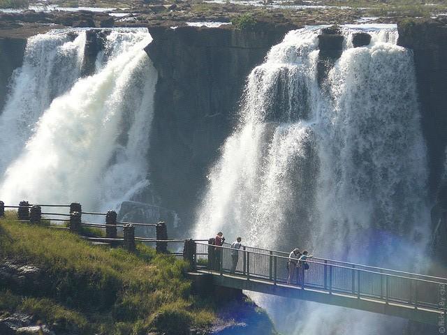 Victoria-Falls-14