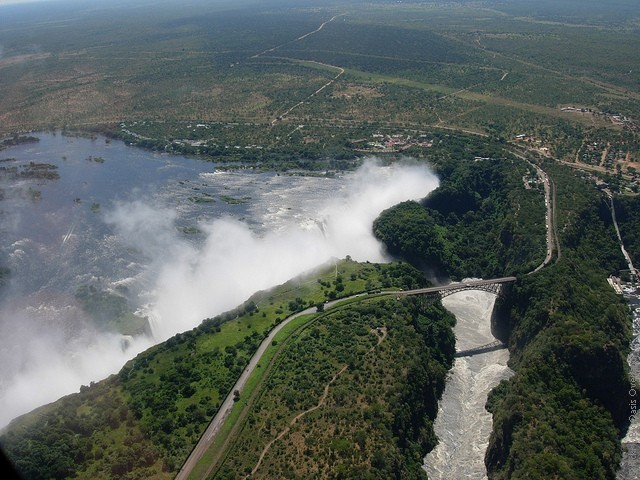 Victoria-Falls-17