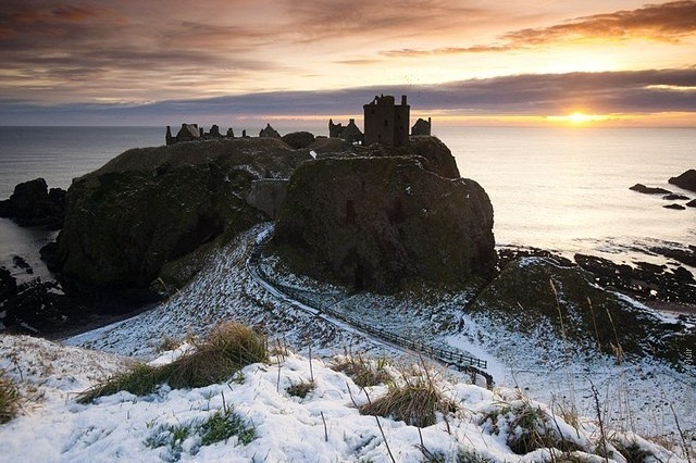 Замок Данноттар, Шотландия.