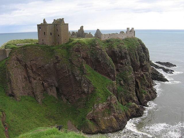 Замок Данноттар 04
