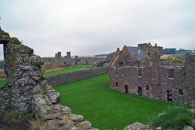 Замок Данноттар 05