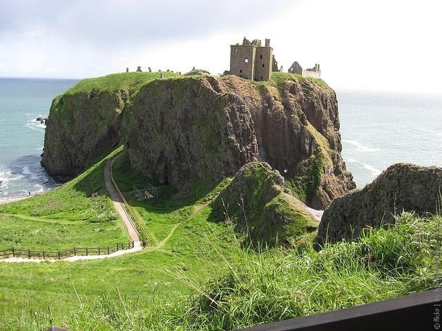 Замок Данноттар 08