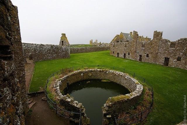 Замок Данноттар 09