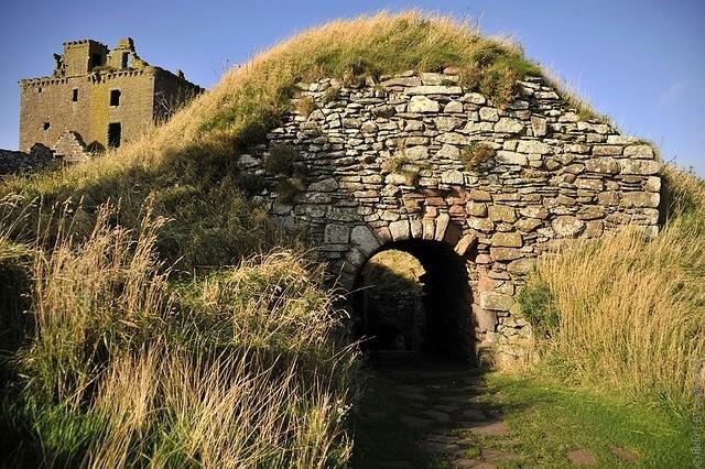Замок Данноттар 10