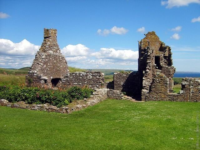 Замок Данноттар 11