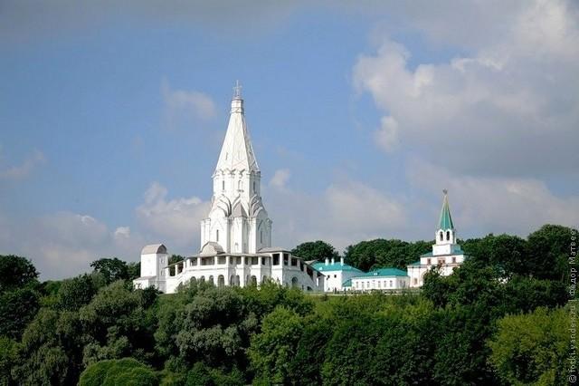 cerkov-vozneseniya-v-kolomenskom-02