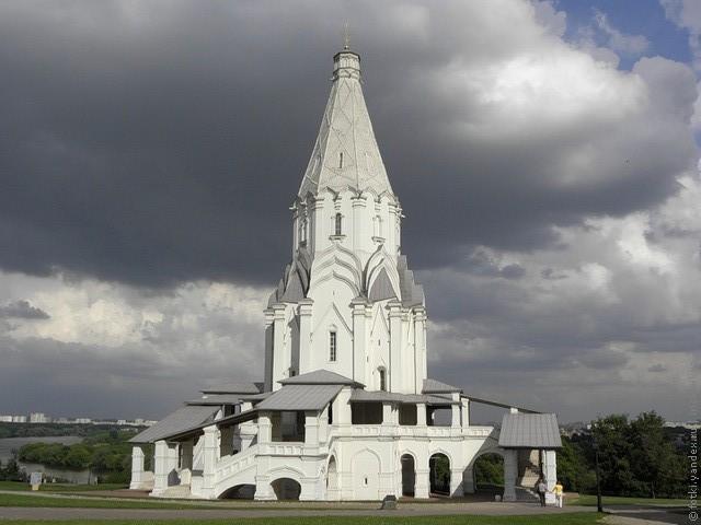 cerkov-vozneseniya-v-kolomenskom-13