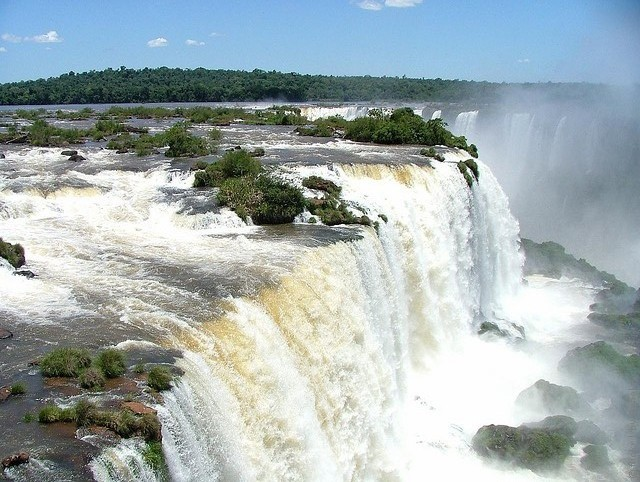 vodopad-iguasu-13