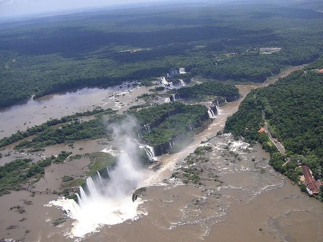 vodopad-iguasu-15