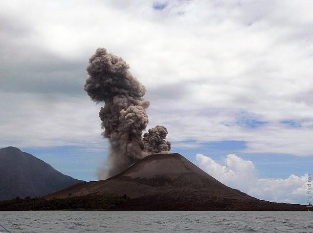 anak-krakatau-02