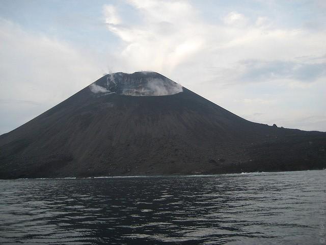 anak-krakatau-05