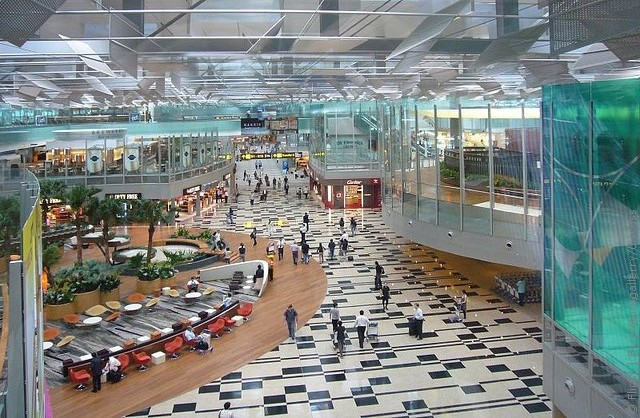 Международный аэропорт Сингапура (Чанги) вновь стал лучшим в мире по данным исследования организации по изучению...