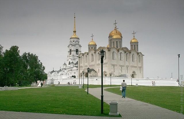 uspenskiy-sobor-vo-vladimire-15