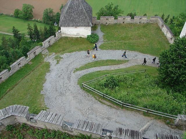 zamok-gohostervitc-06