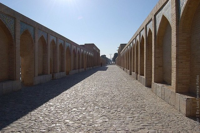 most-khadzhu-isfahan-18