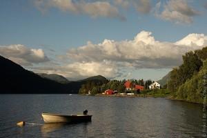 Озеро Хорниндальсватнет