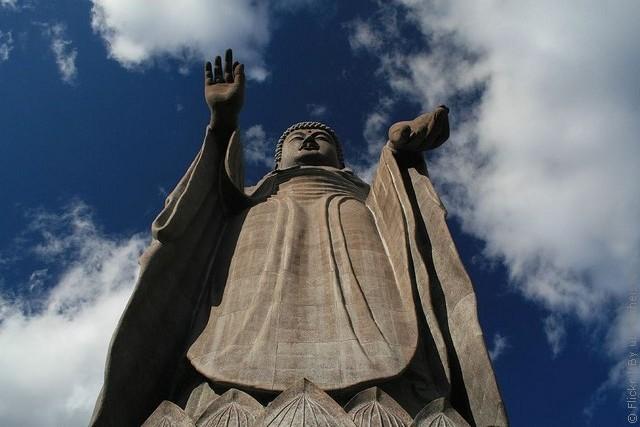 Статуя Будды Усику Дайбуцу 02