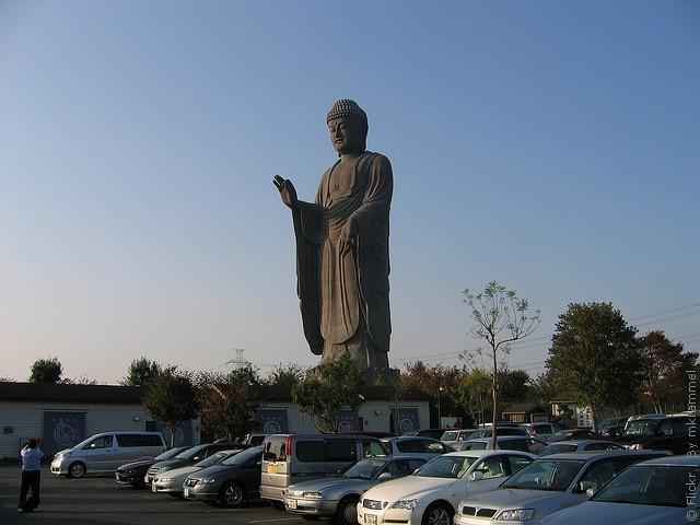 Статуя Будды Усику Дайбуцу 05