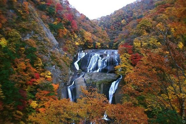 vodopad-fukuroda-14