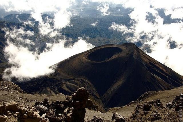 vulkan-meru-05