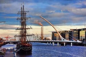 Мост Сэмюэла Беккета в Дублине