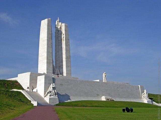 vimiyskiy-memorial-03