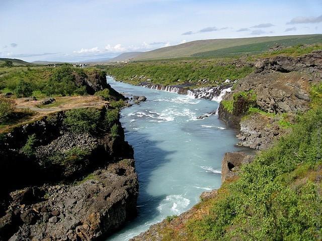 Водопад Храунфоссар 17