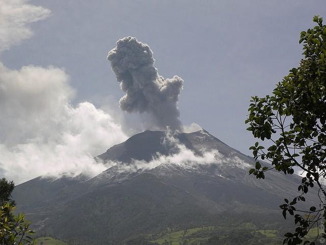 vulkan-tungurahua-01