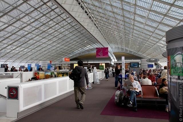 aeroport-imeni-sharlya-de-gollya-07