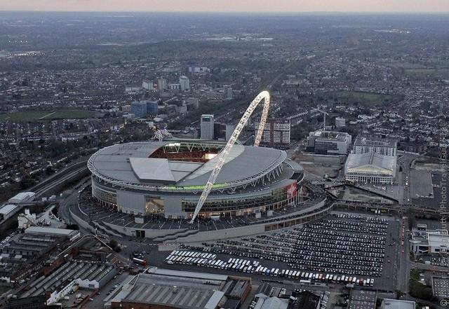Стадион уэмбли 19