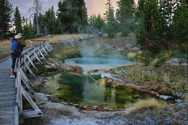 top10-west-thumb-geyser-basin-1