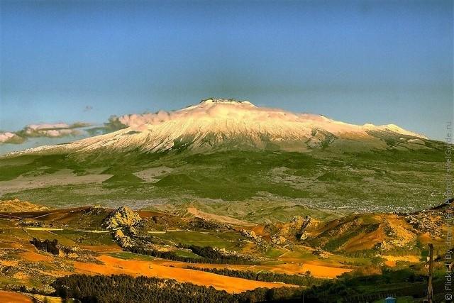 top10-vulkan-etna-1