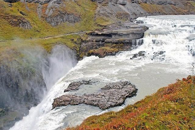 vodopad-gyudlfoss-09